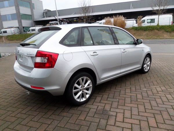 Rapid  Spaceback 1.6 TDI