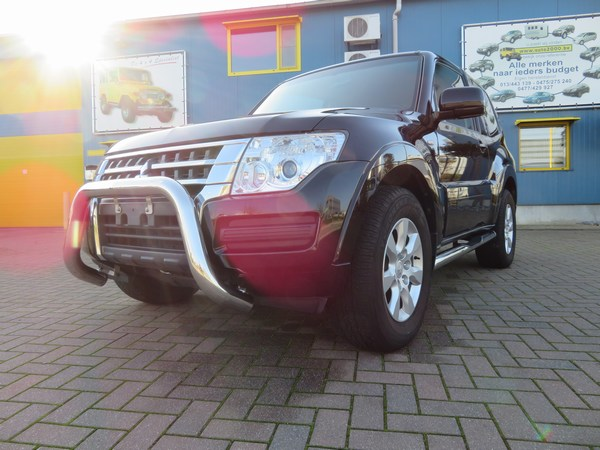 Pajero 3.2 DID 3-D AUTOMAAT